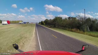 Truck Driver Finds a Way Out of a Traffic Problem