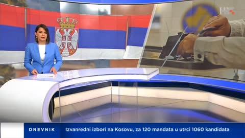 Voditeljica vodila dnevnik sa srpskom zastavom u pozadini!