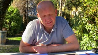 Dr. Josef Peterhans berichtet in Memoriam