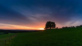 4K Timelapse of WORLD's Most Beautiful Sunset.