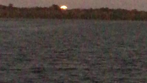 Super-Moonrise on Lake Griffin