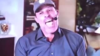 Motivational Guru Tony Robbins Asks Some Serious Questions About Covid Deaths