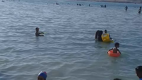 Watch now the most beautiful sea in Marsa Matrouh for children, very safe and there is no wave