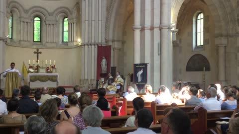 Traditional Latin Mass at Basilica of St. Bernard, Dijon