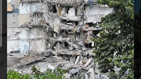 True Americans - Surfside FL, condo collapse! THE NEWS won't show it, I will