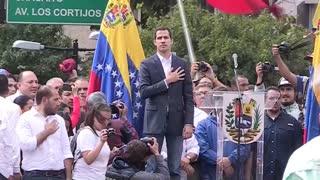 Entre logros y fracasos Guaidó completa seis meses desafiando a Maduro