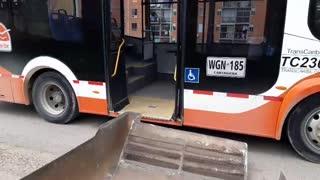 Accidente sobre bus de Transcaribe