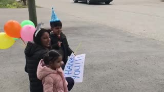 5-year-old celebrates COVID-19 drive-by birthday party