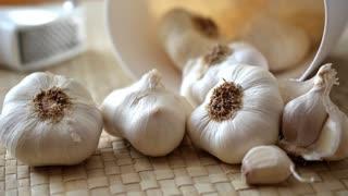 The History of Garlic - fun facts & origins of garlic