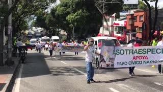 Avanza 'Caravana Nacional de Protesta' por autopista Piedecuesta - Bucaramanga