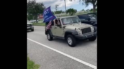20k+ Cars Show up In Florida For Trump Caravan!!