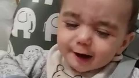 Baby tries lemon for the first time!
