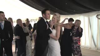 Groom Surprises Bride On Wedding Day With Beautiful Song