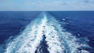 ocean sailing blue