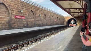 Hogwarts train arriving at station universal Orlando