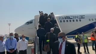Video: Llega a Abu Dabi el primer vuelo comercial entre Israel y Emiratos