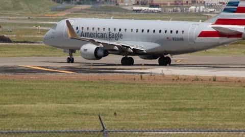 Envoy Air Embraer 170/175 Departing St Louis Lambert Intl - STL