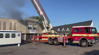 Cape firefighters attend to blaze at crèche