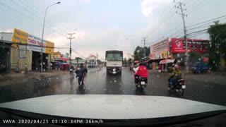 Biker Has Near Miss during Iffy Street Pass
