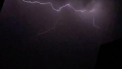 Amazing slow motion lightning footage caught on camera