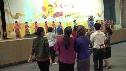 AMS Cover Dance