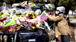 Cellist serenades mourners at Colorado memorial