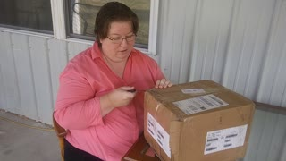 Author S.V. Farnsworth Unboxes Monarch in the Flames