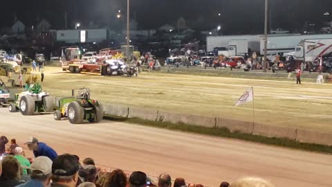 Truck and Tractor Pull Super Modified (Coshocton Ohio)