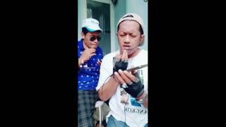 Funny video must watch man singing dwl