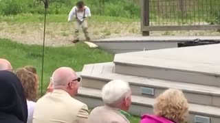 Kids add some comedy to a wedding - Funny kids fails