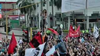 Video: Manifestación terminó en desmanes en Bucaramanga, ante la presencia de encapuchados