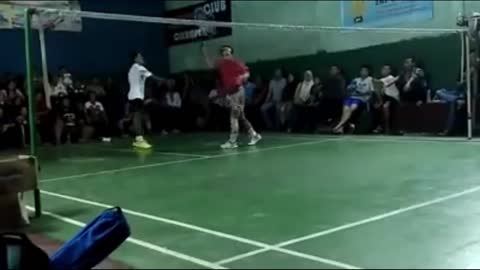 Playing badminton with flashing shoes [part 7]