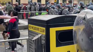 Melbourne, Australia: Police Deploy Chemical Weapons, Non Lethal Rounds at Peaceful Lockdown Protest