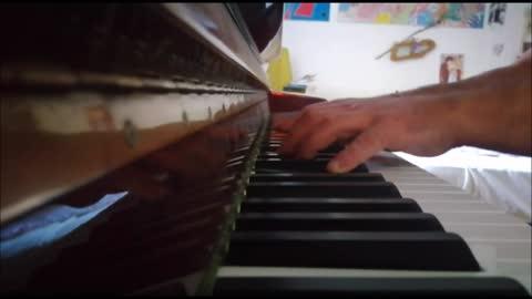 HOTEL CALIFORNIA - degli Eagles - mini piano-cover