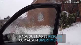 Aprenda como sair de casa com o carro congelado
