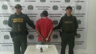 En el centro de Bucaramanga capturaron a un hombre que portaba una granada