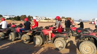 Safari Race Time Summer Fun Time
