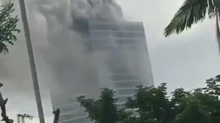 Trade Centre in Abuja, Nigeria catches on fire