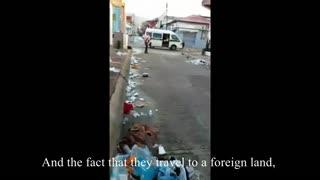 Migrant Caravan tears through Mexican town