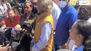Al Sharpton HECKLED While Trying To Inject Racial Hatred Into Del Rio Crisis..!!