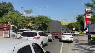 paro taxis y buses | Papi Quiero Piña 2