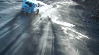 Racing Drone Chases a G Wagon in a Quarry