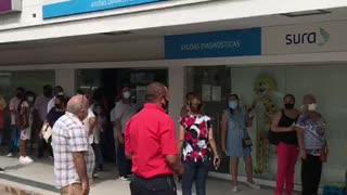 Masiva asistencia a puntos de vacunación en Cartagena