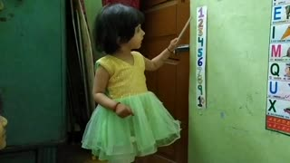 Little kid teaching count to her elder sister. The cutest video ever.