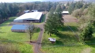 Extraordinary Equestrian Facility and Horse Ranch - a beautiful horse property in Oregon