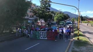 Concentración en Piedecuesta la autopista Bucaramanga