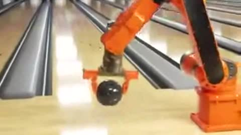 Amazing Robot Bowling