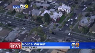 High Speed Police Chase... Suspect Slams Into Oncoming Vehicle