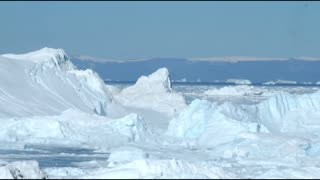 Amazing Iceberg Breaking