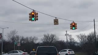 Traffic Light Sends Mixed Messages